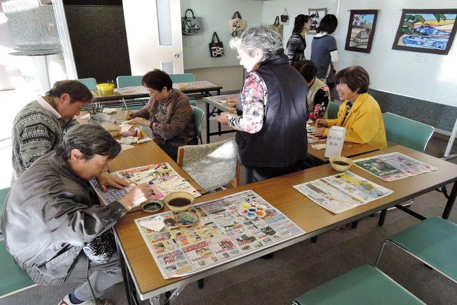 越谷市民文化祭:工芸体験コーナー