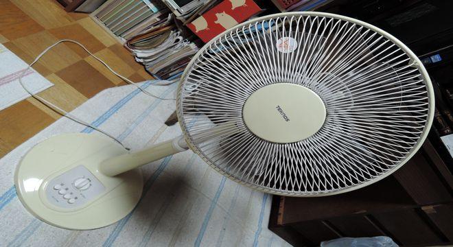 扇風機(TEKNOS K1-171W)