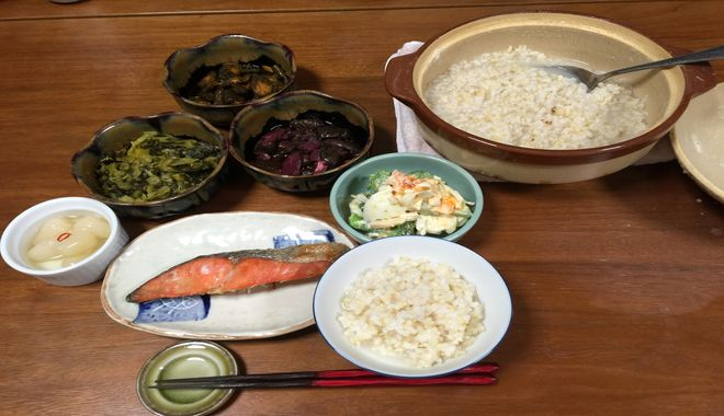 玄米粥の食事