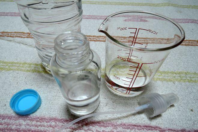 ミョウバン水(ミョウバン液50%:水道水50%)