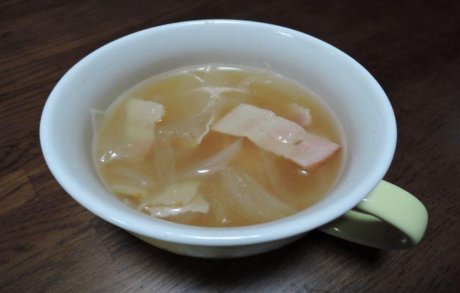 新玉ねぎを使ったスープ