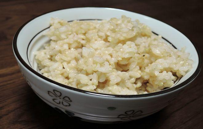 玄米を炊飯器で美味しく炊くコツ