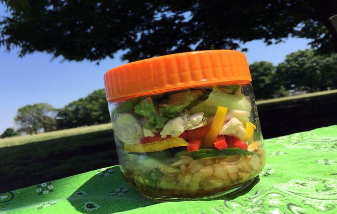 酢玉ねぎのジャーサラダ弁当