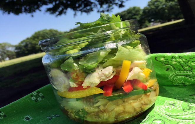 酢玉ねぎのジャーサラダ