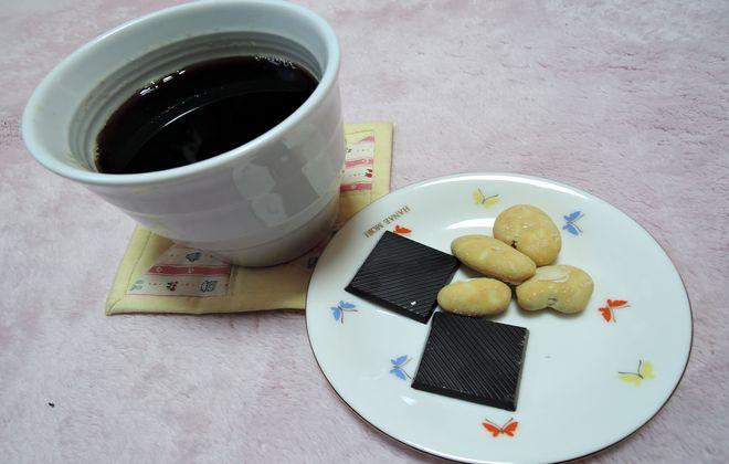 インスタントコーヒーとチョコレート